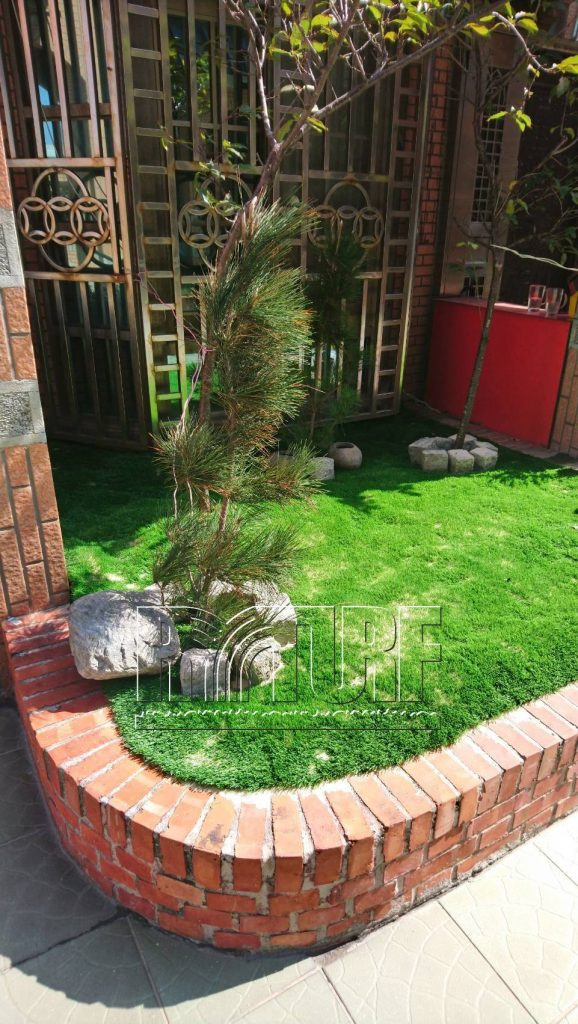 Changhua Lugang Artificial turf in the front yard