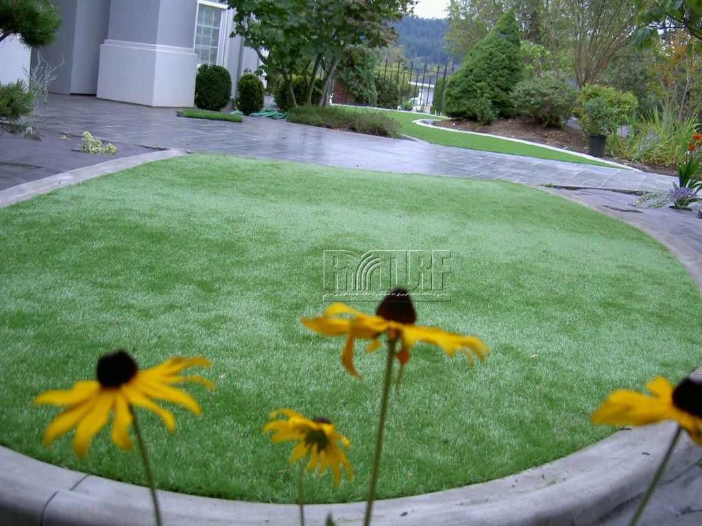 Mansion house Artificial Turf Landscape