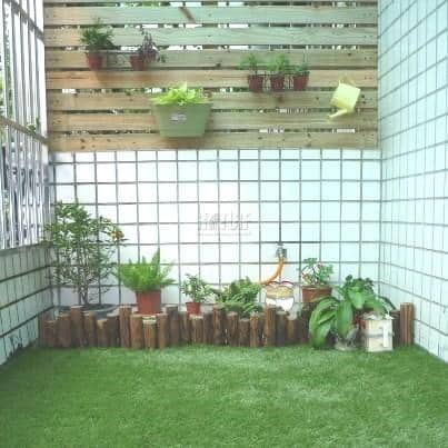 Balcony artificial grass decoration